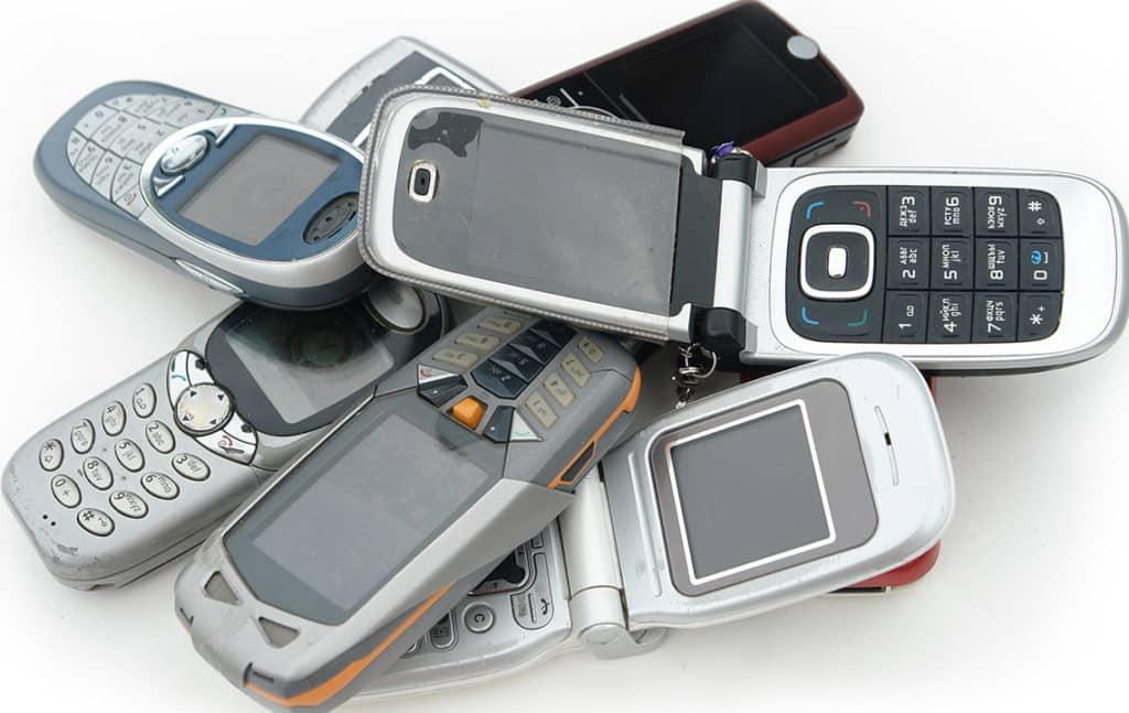 Разные телефоны в куче